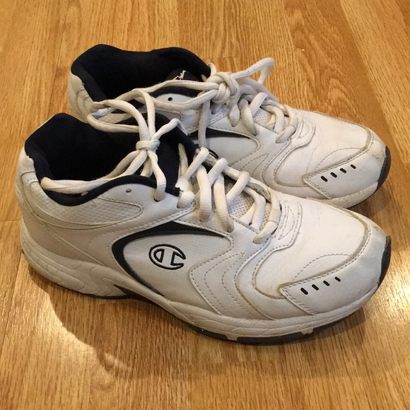 578036e7b05 Champion Shoes - Vintage Champion dad shoes sneakers Guys 7 Girl 9